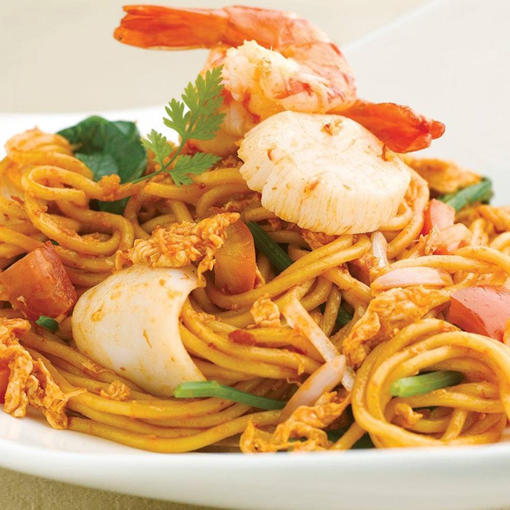 Jumbo Seafood prawn and seafood noodle dish