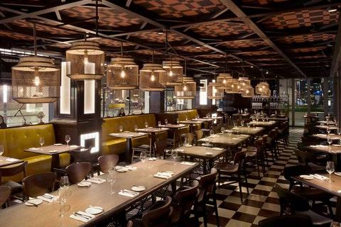 Bread Street Kitchen - Marina Bay Sands